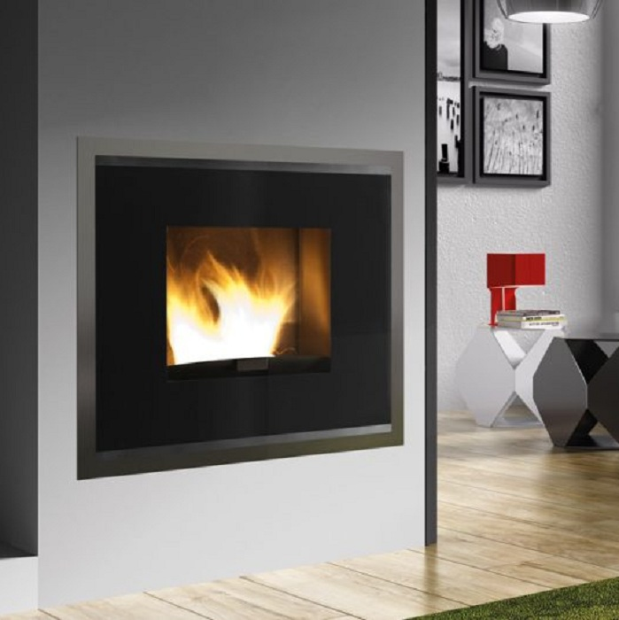TERMOSTUFA A PELLET KARMEK ONE - MADRID 19 KW - COLORE NERO H1000C